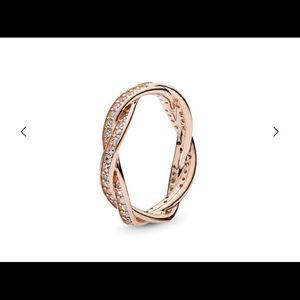 Pandora rose intertwined ring size 7